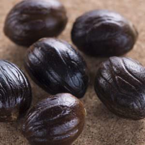 nutmeg shelled